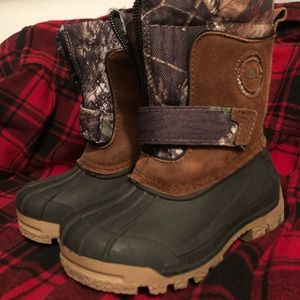 Like New! Kids Ozark Trail Camo Duck Boots 🥾